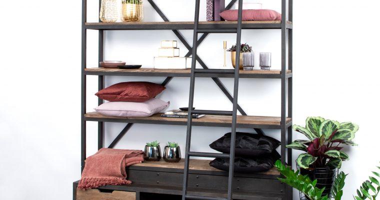 SoHome Industriele Wandkast / Boekenkast 'Juliën' met ladder | 5415203624307