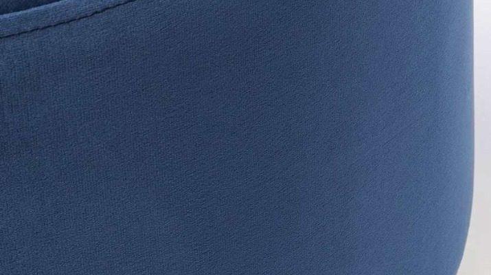 Kare Design Cherry Poef -Ø55×35 – Blauw Fluweel – Messing | 4025621842033