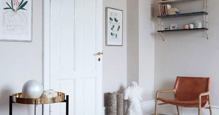 OxDenmarq Bijzettafel Deck – Zwart Frame – Bruin Tafelblad Met Leer – Zwart Marmeren Plaat |