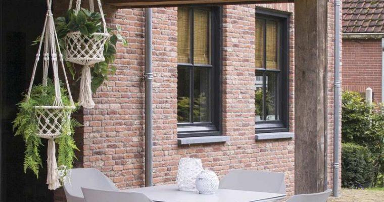 Hartman Sophie Studio Tuintafel Vierkant HPL – L100 X B100 X H75 – Lichtgrijs | 8711268497458
