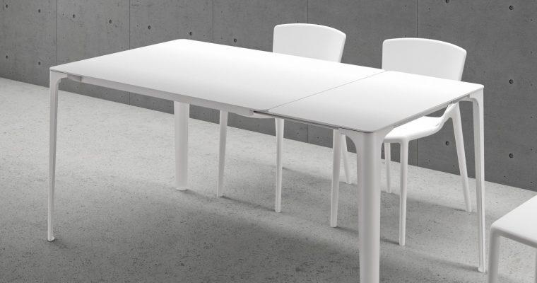 Infiniti Uitschuifbare Tafel MAT – L160/218 X B90 X H75 Cm – Wit Aluminium – Eikenhout Decor |