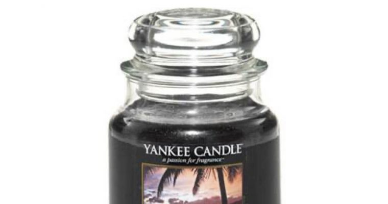 Yankee Candle Black Coconut Medium Jar   1254004E   Yankee Candle