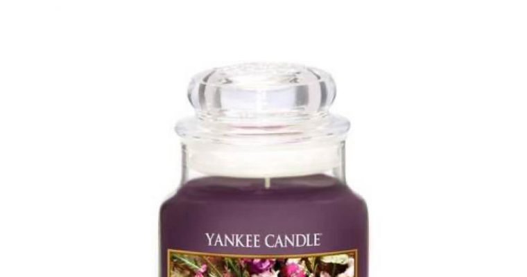 Yankee Candle Moonlit Blossoms Small Jar | 1611581E | Yankee Candle