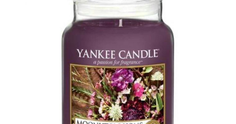 Yankee Candle Moonlit Blossoms Large Jar | 1611579E | Yankee Candle