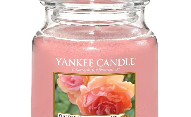 Yankee Candle Sun-Drenched Apricot rose Medium Jar | 1577134E | Yankee Candle