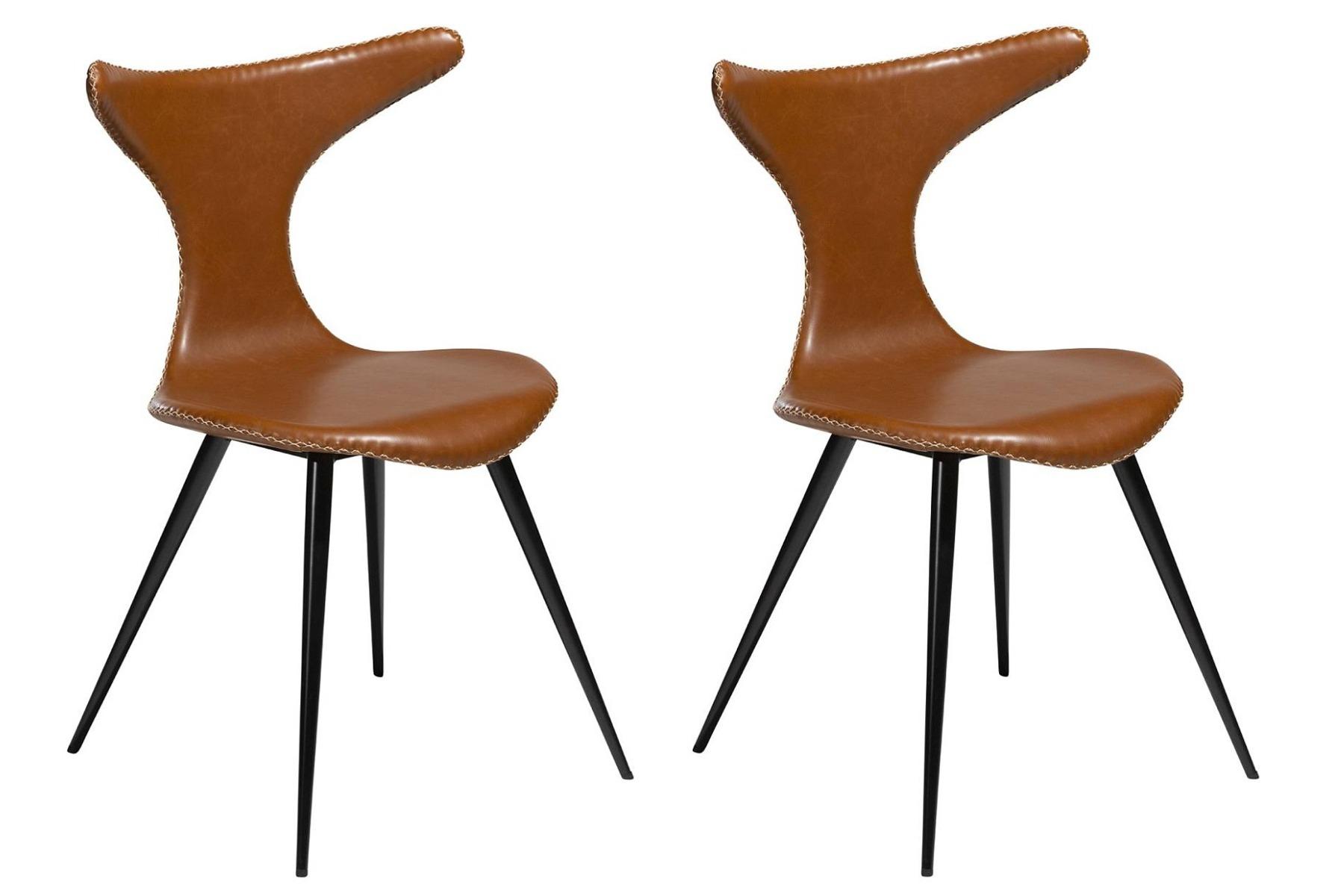 Dan-Form Dolphin Stoel – Set Van 2 – Lichtbruin Kunstleer – Zwarte Metalen Poten   5710172069181