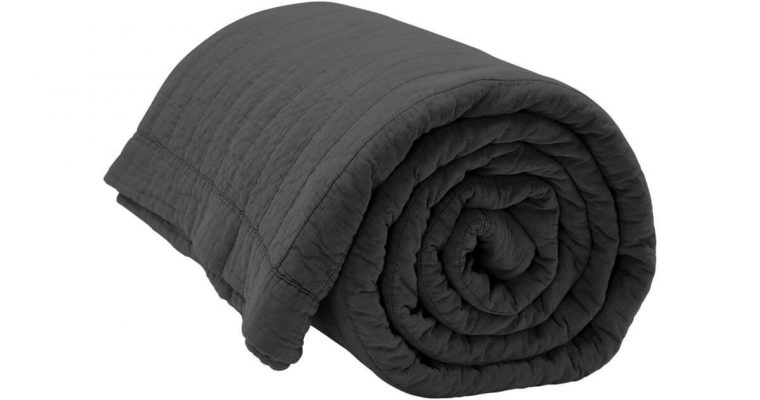 By Nord Bedsprei Magnhild Coal 280x280cm | 561137077 | By Nord