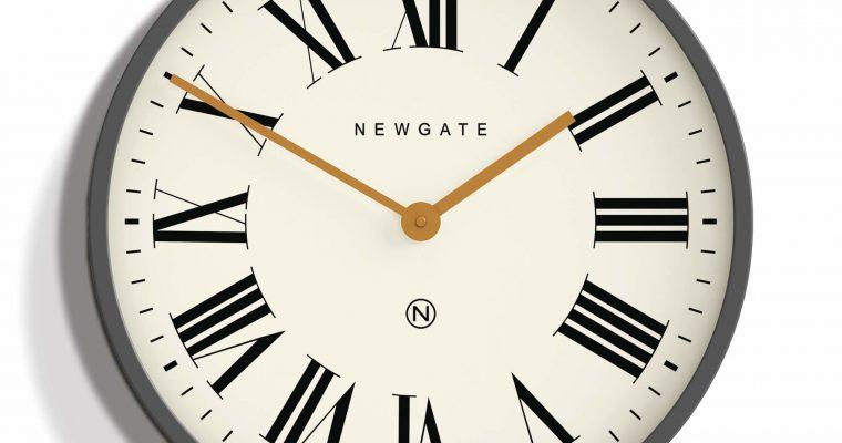 Newgate Mr Butler wandklok wit 45cm | PUT538BGY | Newgate