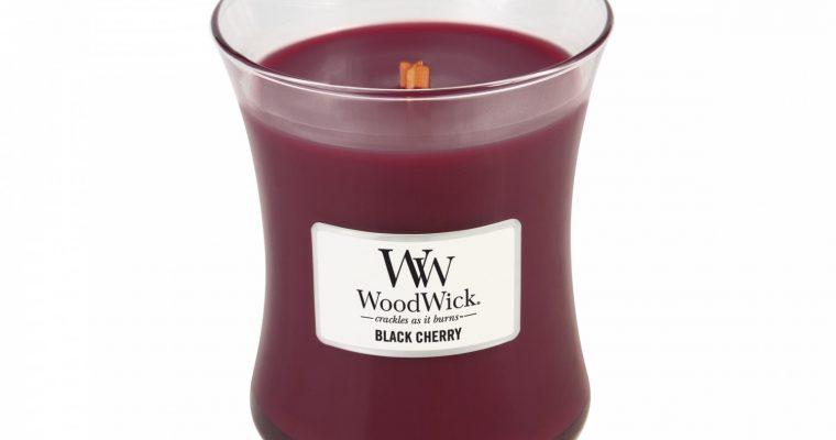 Woodwick Black Cherry Medium kaars   92100E   Woodwick